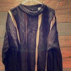 Other - Men's black and tan sweater